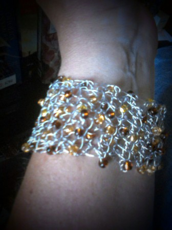 Brown/gold cuff bracelet