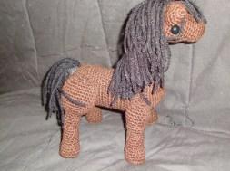 Cartoonish brown horse